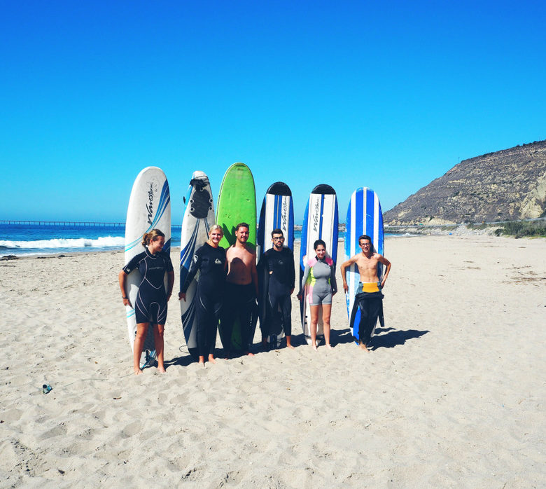 Surfing-surf-camp-Ventura