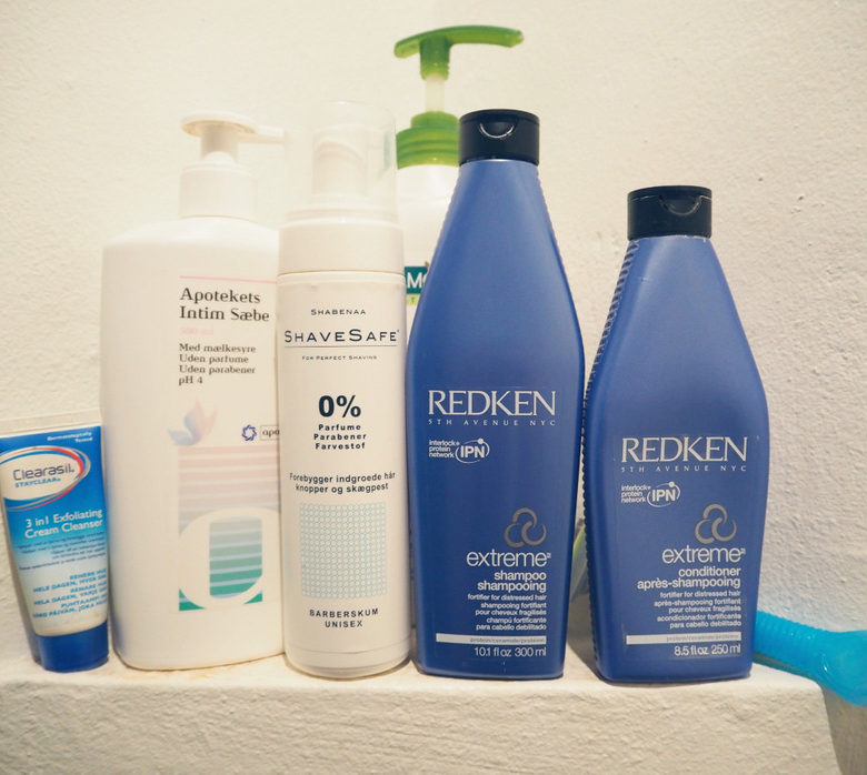 I-min-brusekabine-shampoo-balsam