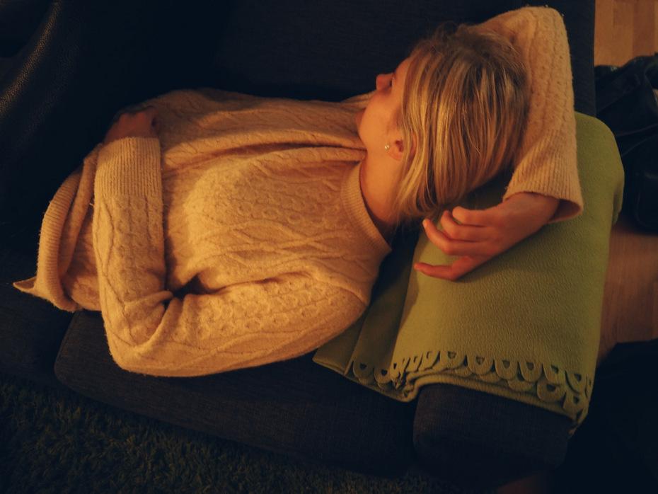 sofa-hygge-i-sommerhus