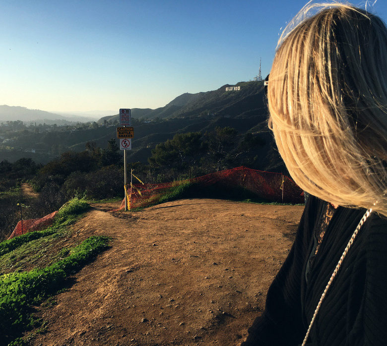 Looking-at-the-hollywood-sign